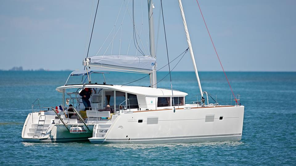 Новый парусный катамаран Lagoon 400