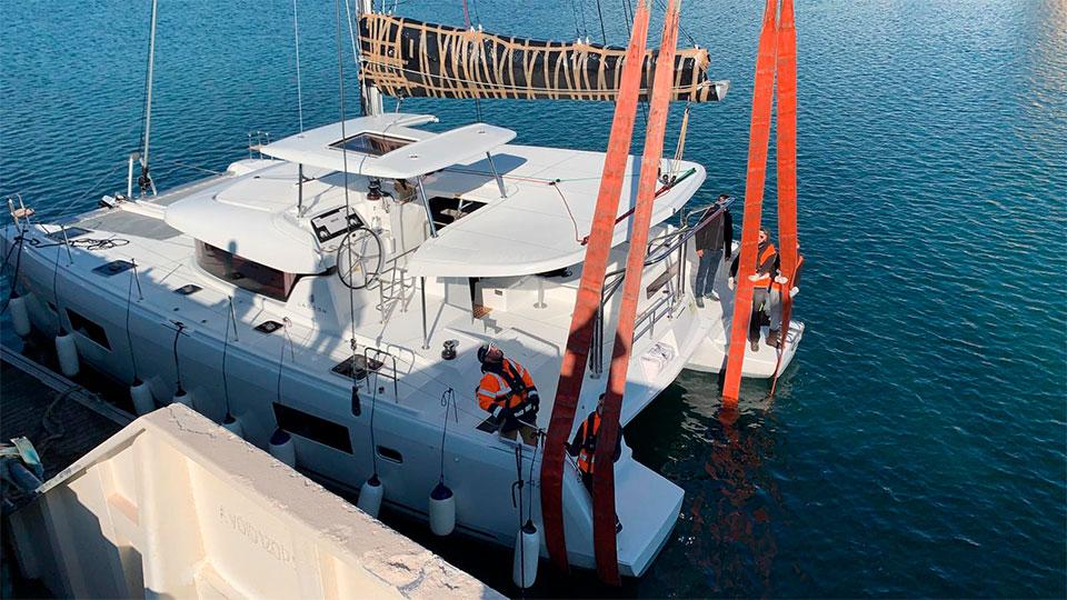 Новый Lagoon 42 доставлен на Карибы